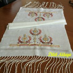Hand Embroidery, Embroidery Designs, Doilies, Cross Stitch Patterns, Pattern Design, Sewing, Projects, Ideas, Hand Embroidery Projects