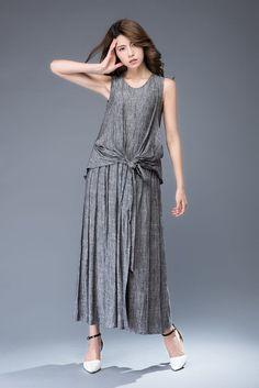 grey linen dress-sleeveless dress-round neck dress-tie belt