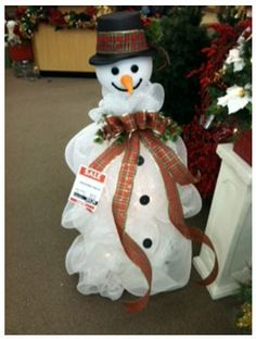 Tomato Cage Lighted Snowman by  Beth Webster A.C. Moore, Concord, NC, #decomesh