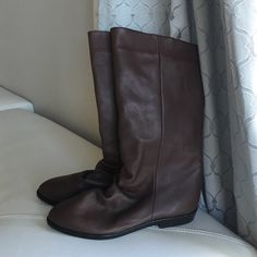 Vintage leather boot Super cute! Great condition!! Leather, vintage, fabulous! ✨ Shoes