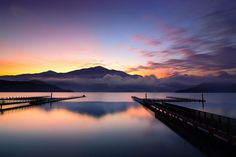 Good morning, my dear~ Presenting the sunrise at sun-moon lake. Hope you have a nice beginning today.  ::: Time for Taiwan :::