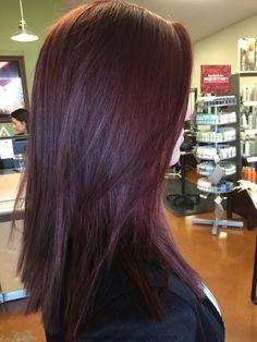8 Principal hair color trends of fall of 2017 that you can try now - Hair - Hair Color Aubergine Hair Color, Eggplant Colored Hair, Eggplant Hair, Eggplant Purple, Plum Hair, Burgundy Hair, Purple Hair, Violet Hair, Pelo Color Vino