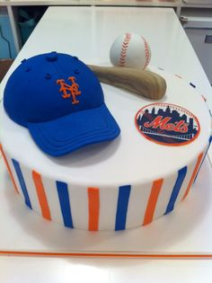 new york mets - Fan Shop: Sports & Outdoors New York Mets Baseball, New York Giants, Ny Mets, Just Cakes, Cakes For Boys, Baseball Birthday Cakes, Baseball Cakes, Theme Sport, Sport Cakes