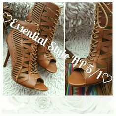 **Essential Style HP 5/1*** Nine West Bootie Gorgeous Bootie transitions from season to season Worn only a few times Nine West Shoes Ankle Boots & Booties