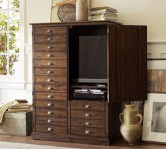 rather love this TV cabinet.