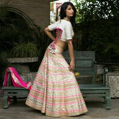 When it comes to posing. who cares. everything else will fall in place. Choli Designs, Fancy Blouse Designs, Lehenga Designs, Indian Attire, Indian Ethnic Wear, Traditional Fashion, Traditional Outfits, Designer Blouse Patterns, Designer Dresses