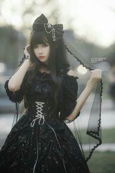 Estilo Lolita, Lolita Shoes, Lolita Dress, Mode Lolita, Lolita Style, Looks Dark, Gothic Lolita Fashion, Goth Beauty, Japanese Street Fashion