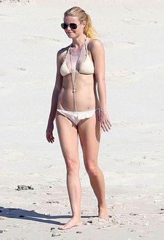 Gwyneth Paltrow stuns in new bikini pics - Rocstar/Fame Flynet