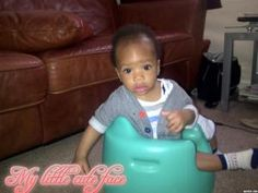 Baby Essential Items; Bumbo Baby Seat