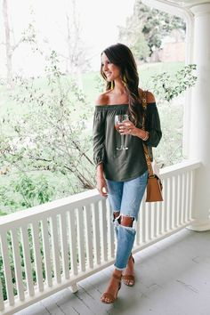 Summer evening outfit, casual summer fashion, casual jean outfits, summer f Casual Summer Evening Outfit, Chic Summer Outfits, Fall Outfits, Cute Outfits, Fashion Outfits, Dress Casual, Summer Clothes, Casual Jeans, Summer Chic