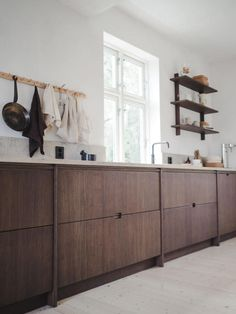 Bamboo is a fast-growing grass that's light and strong. The couple behind Oslo kitchen design firm Ask og Eng show its application in their own home. Rustic Kitchen Design, Interior Design Kitchen, Custom Kitchens, Home Kitchens, Cottage Kitchens, Modern Kitchens, Grey Kitchens, Scandinavian Kitchen, Scandinavian Interiors