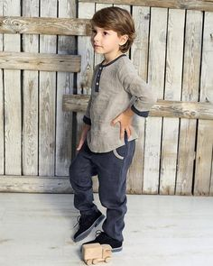Boys linen shirt with buttons , Linen top for boys, Linen clothes for kids, Linen boys outfit, Boy s Girls Dress Up, Dress Up Outfits, Girls Party Dress, Boys Linen Pants, Baby Boy Outfits, Kids Outfits, Girls Occasion Dresses, Costume Garçon, Kids Clothes Boys