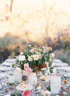 Bows and Arrows wedding table: http://www.stylemepretty.com/2015/06/10/southwestern-floral-inspiration-from-bows-arrows-workshop/   Photography: Heather Hawkins - http://www.heatherhawkinsphoto.com/