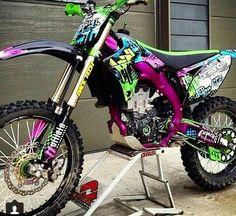 Love this dirt bike. Pinterest: pearlxoxoxo