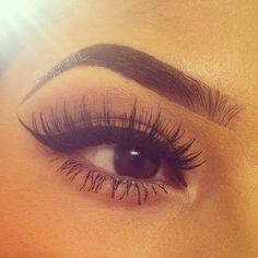 Perfect eyebrows + perfect lashes + perfect liner = perfect make-up Gorgeous Makeup, Pretty Makeup, Love Makeup, Makeup Inspo, Makeup Inspiration, Beauty Makeup, Perfect Makeup, Beauty Bar, Makeup Ideas