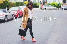 Autumn Vibes — Camel coat, white shirt, black skinny jeans, red heels |  Mimi Ikonn | More pictures at mimiikonn.com