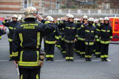 """Pompiers de Paris : """"Manchester Nos pensées vont aux victimes et à leurs proches. La BSPP exprime son soutien aux services de secours engagés"""