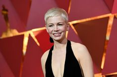 More Pics of Michelle Williams Pixie Super Short Pixie, Short Sassy Hair, Pixie Cut Styles, Pixie Cuts, Michelle Williams Pixie, Pixie Hairstyles, Short Cuts, Oscars, Cut And Style