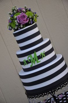 Black and white Stripes Wedding Cake