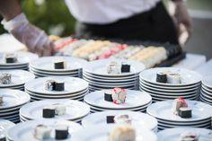 Hai voglia di stupire anche i palati più raffinati con un'esplosione di sapori orientali? Scopri di più contattandoci su www.villacarafa.com ❤ Segui il cuore. Sarà tutto perfetto #VillaCarafa #sushi #food #luxury #food #love #wedding #wedding2017 #ilovevillacarafa #seguiilcuore #weddingday #luxurywedding #puglia #apulia #weareinpuglia #mariage #instalove #table #weddinginspiration #weddingdetail #citywedding #weddingflowers #bridal #bridalstory #passion #couple #happy #beautiful #dream Sushi, Table Settings, Table Decorations, Beautiful, Home Decor, Lab, Weddings, Decoration Home, Room Decor
