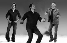 [GIF] Omg, I can't believe this exists.  Supernatural Harlem Shake + Jared and Misha dancing.