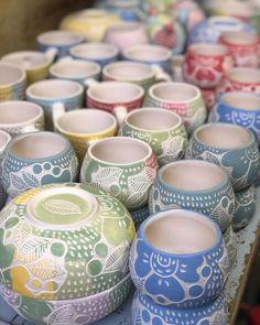 Pottery Lessons, Ceramic Houses, Arte Popular, Pottery Making, Contemporary Ceramics, Dinnerware Sets, Mud Pie, Handmade Pottery, Pottery Art