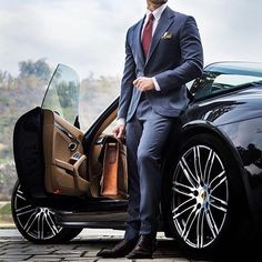A well tailored suit is to women what lingerie is men Tag a gentleman. Style by Stay classy ✌️️ Gentleman Mode, Gentleman Style, Mens Fashion Suits, Mens Suits, Fashion Women, Mode Swag, Style Costume Homme, Car Poses, Men Styles