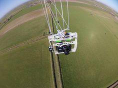 KAP rig in flight, Hoge Berg, Texel by Lodewijkvw, via Flickr