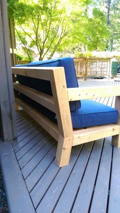 DIY Modern Rustic Outdoor Sofa Inspired by RH Merida #outdoorfurnituremodernideas #sofadiyhomemade