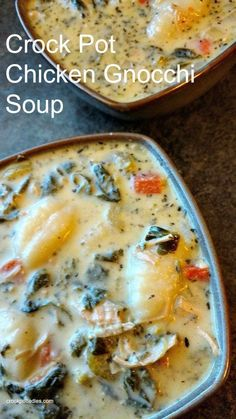 Crock-Pot Chicken Gnocchi Soup - If you love the chicken gnocchi soup at The Olive Garden then you are going to love our slow cooker copycat version! Tender potato gnocchi floats in a creamy soup with chicken and veggies in this easy to make recipe Crock Pot Slow Cooker, Crock Pot Cooking, Slow Cooker Recipes, Cooking Recipes, Healthy Recipes, Crock Pot Soup Recipes, Olive Garden Chicken Gnocchi Soup Recipe Crock Pot, Recipe For Gnocchi, Chicken Soup