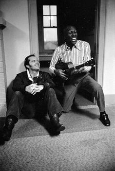 Jack Nicholson and Scatman Crothers behind the scenes of One Flew Over the Cuckoo's Nest Actors Male, Actors & Actresses, Hollywood Actresses, Movie Shots, I Movie, Stallone Rocky, Scatman Crothers, You Don't Know Jack, Black And White Face