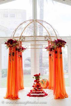 smaller mandap idea wedding colors Sunny San Jose Indian Wedding by Ambiance by Tejel Wedding Altars, Wedding Mandap, Wedding Stage, Wedding Ceremony, Dream Wedding, Wedding Church, Wedding Bride, Blue Wedding, Post Wedding
