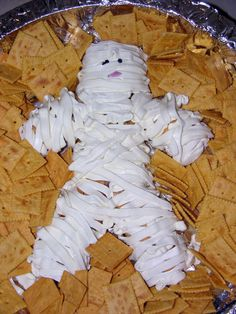 Cream cheese spread mummy - so cute!