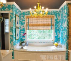 The aqua greek key trim on the bamboo blinds - the pink clutch .: One Room Challenge . THE FINALE! Kelly Green, Pink Master Bedroom, Master Suite, Interior Design Trends, Interior Ideas, Do It Yourself Design, Yellow Bathrooms, Pink Clutch, Of Wallpaper