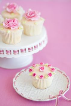 beautiful cupcakes from Cakes Haute Couture