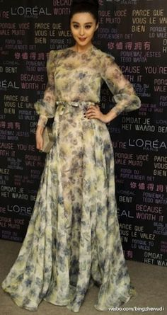 832169b096d Fan Fan Bing in Valentino Haute Couture in Cannes Audrey Tautou