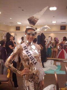 Marelisa Gigson Miss Venezuela 2009 con un Traje de Fantasía Inspirado en el Alma Solar en el Certamen de Miss universe 2010..