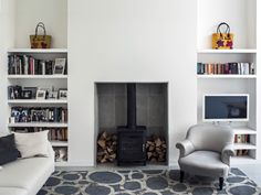 Wood burner fireplace and storage by Charles Barclay Architects Living Room Shelves, New Living Room, Interior Design Living Room, Living Room Designs, Log Burner Living Room, Wood Burner Fireplace, Paint Fireplace, Fireplace Shelves, Style Loft