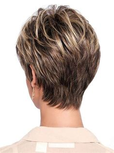 60 Trendy haircut low maintenance fine hair - Angela Home Short Grey Hair, Short Hair With Layers, Short Hair Cuts For Women, Short Hairstyles For Women, Short Hair Styles, Short Cuts, New Haircuts, Pixie Hairstyles, Pixie Haircuts