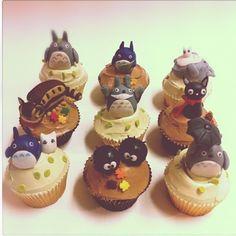 Totoro Studio Ghibli cupcakes!!!