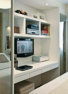 Painel para tv + escritório! Opção para quartos pequenos