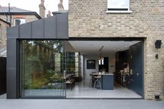 Dulwich - Picture gallery View full picture gallery of Dulwich House Extension Plans, House Extension Design, Extension Designs, House Design, Side Extension, Kitchen Extension Exterior, Victorian Terrace, Victorian Homes, Edwardian Haus