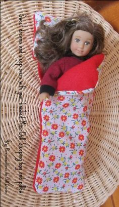 How to make a sleeping bag for American Girl mini dolls plus two free patterns.
