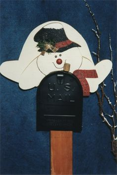 Wooden mailbox Decorations | Click on image for larger version
