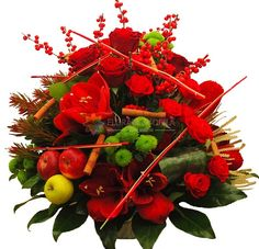 aranjament trandafiri si illex Bouquet, Fruit, Luxury, Collection, Bouquet Of Flowers, Bouquets, Floral Arrangements