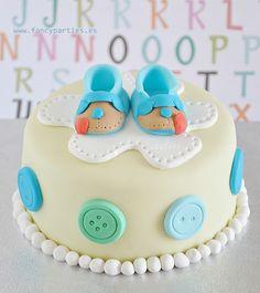 Baby Boy Mini Cake by www.fancyparties.es