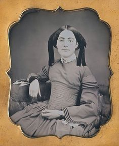 https://www.ebay.com/itm/Beautiful-Young-Woman-Couch-ID-d-Matilda-Baker-1-6-Plate-Daguerreotype-D715/162840595544?hash=item25ea0e4c58:g:mmgAAOSwLLRaUqkz