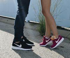 ¡Para él y para ella! Diseño cómodo y versátil que inspiran la moda minimalista... son las Nike tanjun.