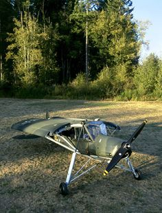 The Fieseler Fi 156 Storch Ww2 Aircraft, Military Aircraft, Kit Planes, Bush Plane, Airplane Flying, Aircraft Design, Model Airplanes, Luftwaffe, Gliders