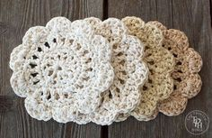 Crochet Gift Patterns Farmhouse Style Coasters Free Crochet Pattern - This Farmhouse style coasters free crochet pattern is easy to make and they look like little round doilies! Crochet Dollies, Crochet Doily Patterns, Cotton Crochet, Crochet Motif, Free Crochet, Knitting Patterns, Crochet Granny, Crochet Coaster Pattern Free, Free Pattern